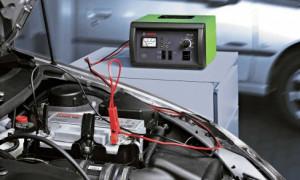 Самостоятельно определяем срок годности аккумулятора автомобиля