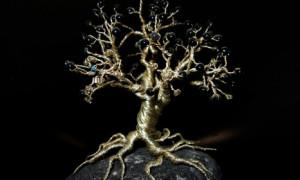 Как самостоятельно сделать из бисера дерево?