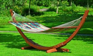 Несколько способов создания гамака в саду собственными руками
