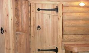 Как сделать дверь для бани?