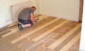 Как обновить деревянный пол своими силами?