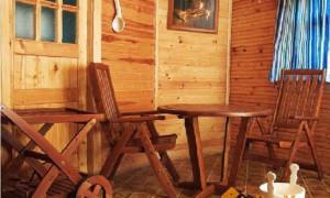 Мебель из натурального дерева: преимущества и характеристики