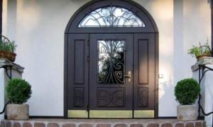 Двери входные из металла: виды и преимущества