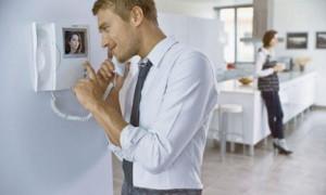 Преимущества установки видеодомофонов