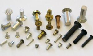 Заклепки металлические – вилы и особенности применения
