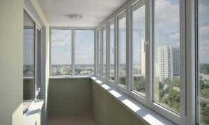 Преимущества  и виды холодного остекления балконов