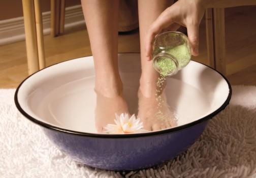 Регулярное мытье ног