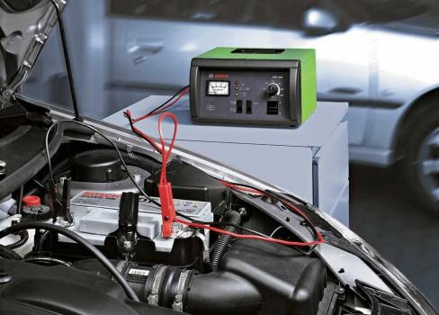Определяем срок годности аккумулятора автомобиля