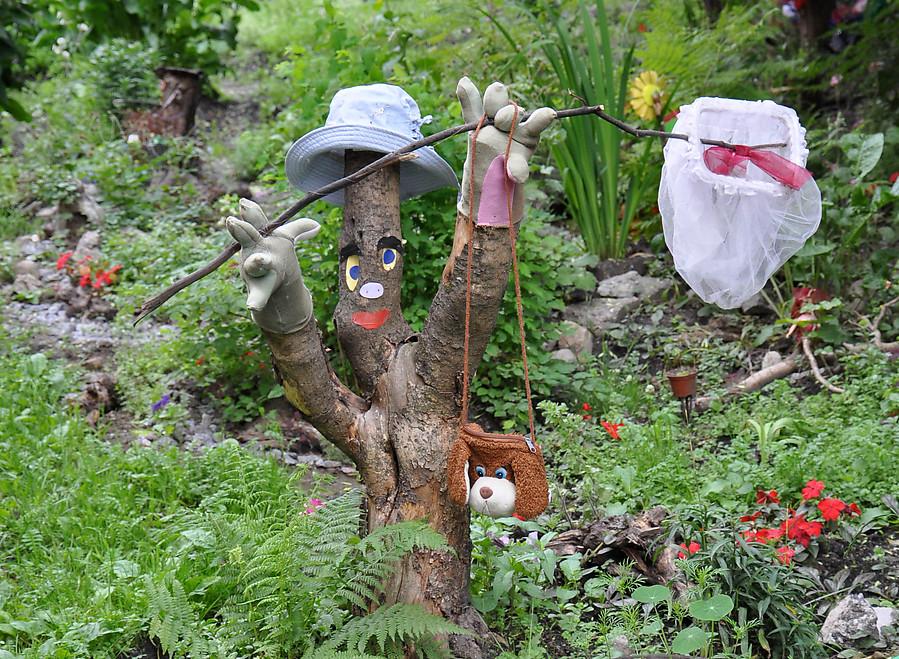 Поделки в сад своими руками из подручных