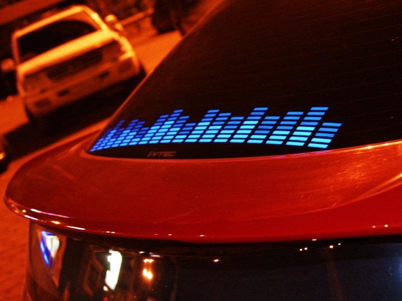 Как самостоятельно сделать цветомузыку в машине