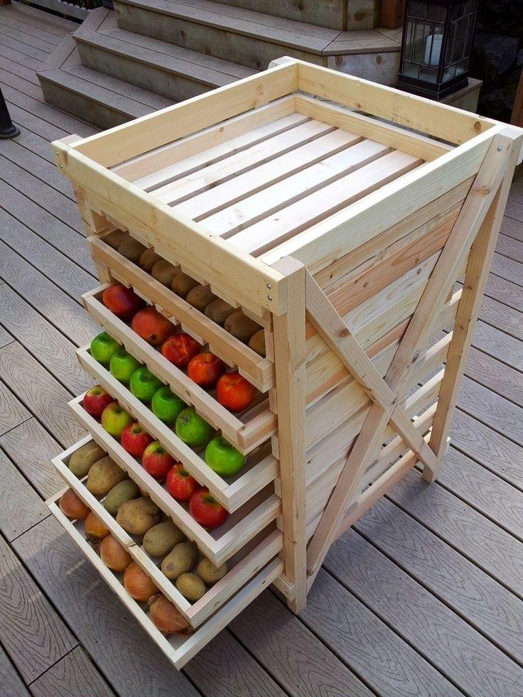 Хранение яблок в фанерных ящиках с песком