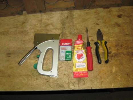 инструменты для перетяжки кресла