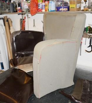 разобранное кресло
