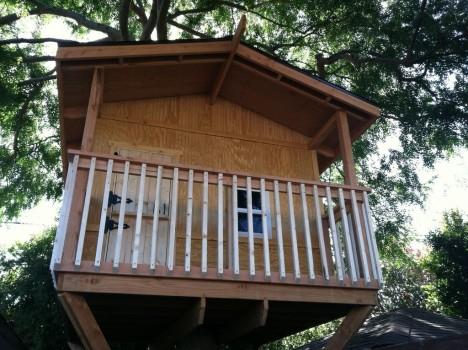 Готовый домик на дереве
