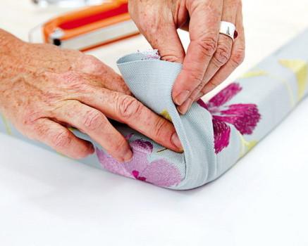 Обтягивание изголовья тканью
