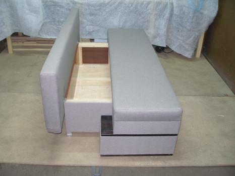 серый диван раскладушка