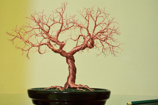 готовое дерево из проволки