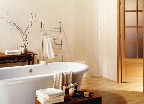 ванная комната с светлыми стенами