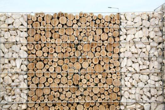 Габионы из камней и дров