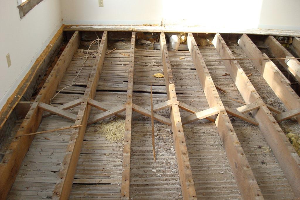 Укладка деревянного пола в квартире своими руками