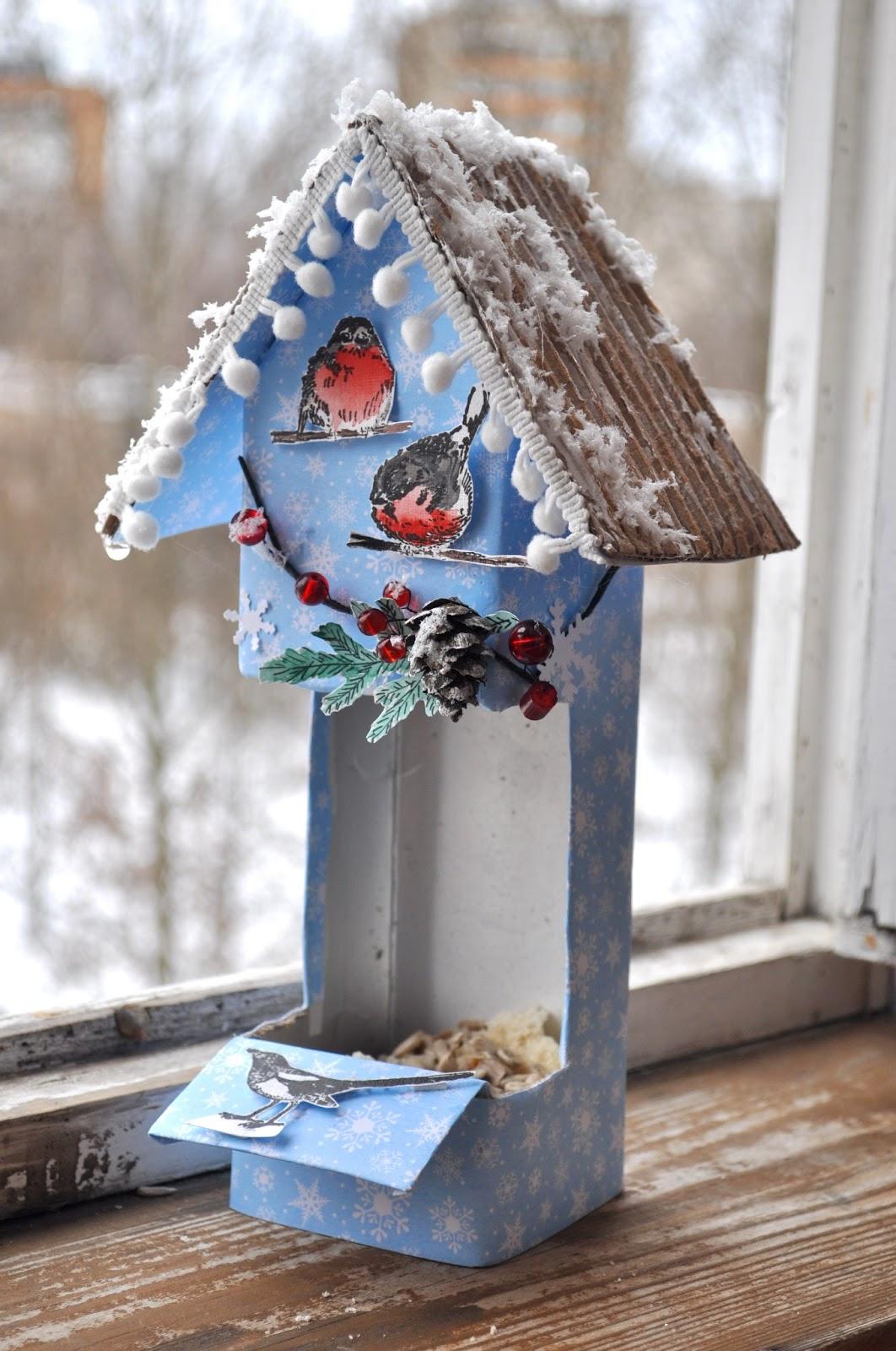 Идеи как сделать кормушку для птиц своими руками