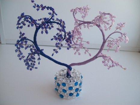 Декоративное деревце из бисера