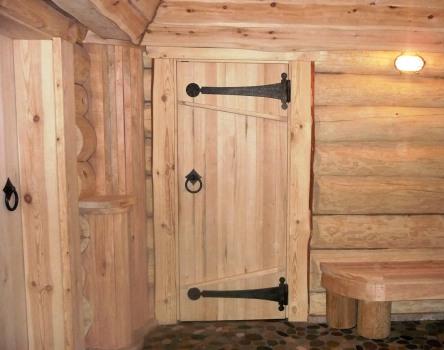 Как сделать двери для бани?