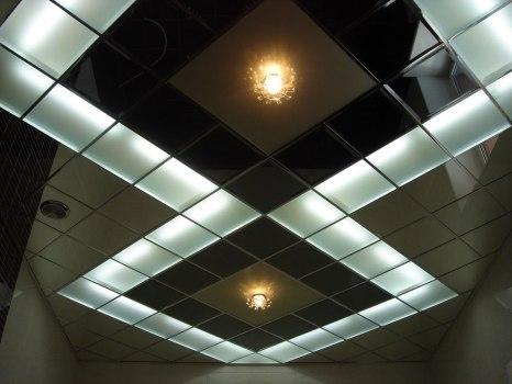 Цельные подвесные потолки