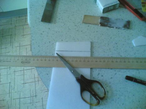 Инструмент для приклеивания плитки