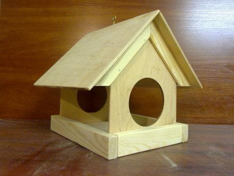 Самостоятельное изготовление кормушки для птиц