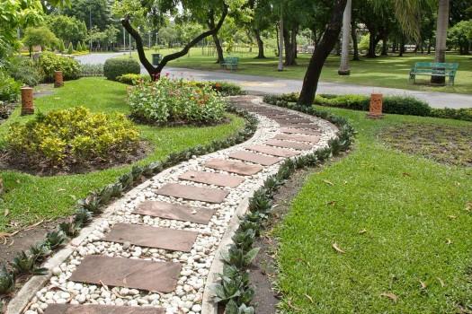 Садовые дорожки с засыпкой