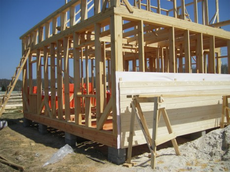 Каркасный деревянный гараж