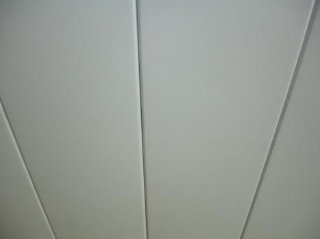 Матовые белые панели
