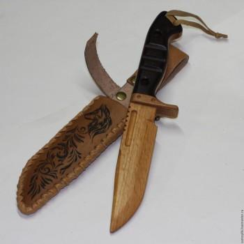 Деревянное игрушечное оружие